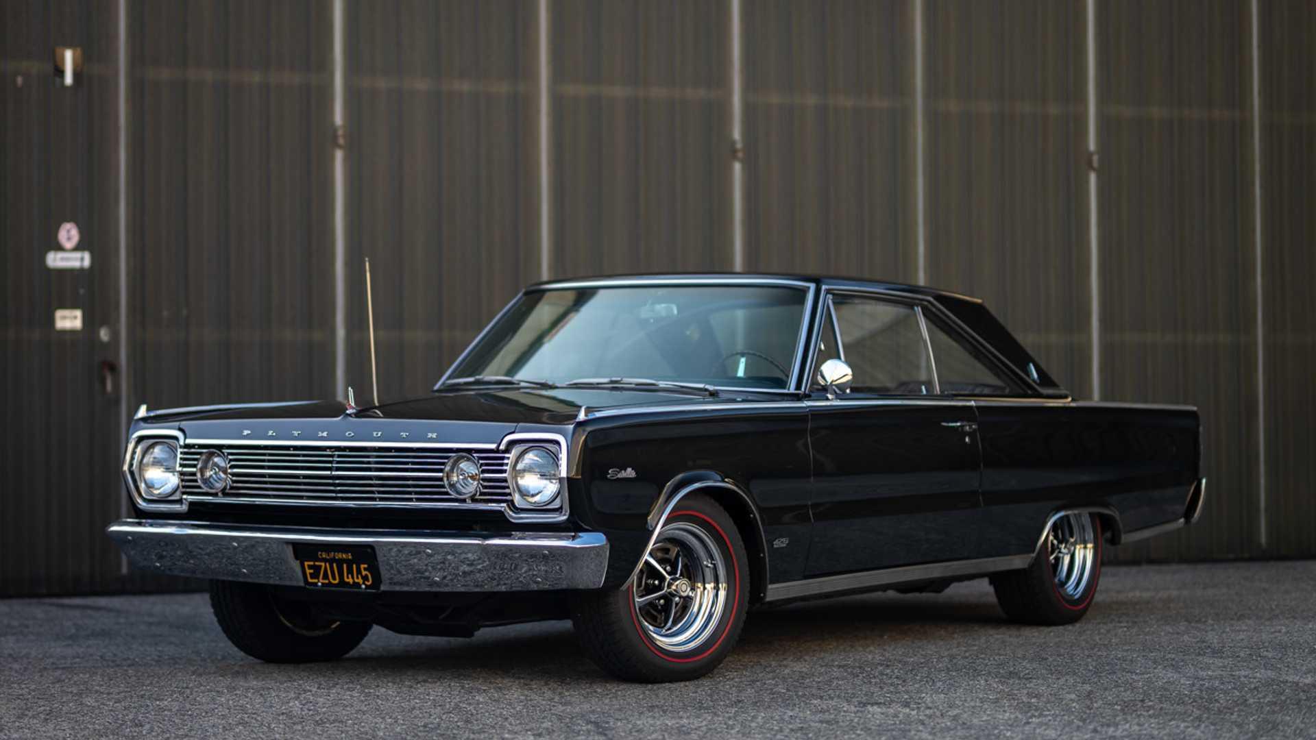 "[""Grab This Rare 1966 Plymouth Satellite 426 Hemi""]"
