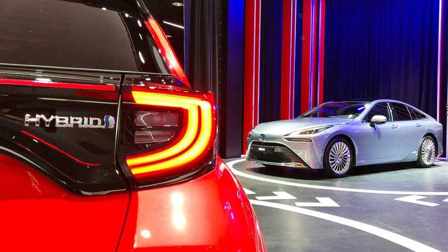 Toyota punta alla leadership dell'auto elettrificata entro il 2025