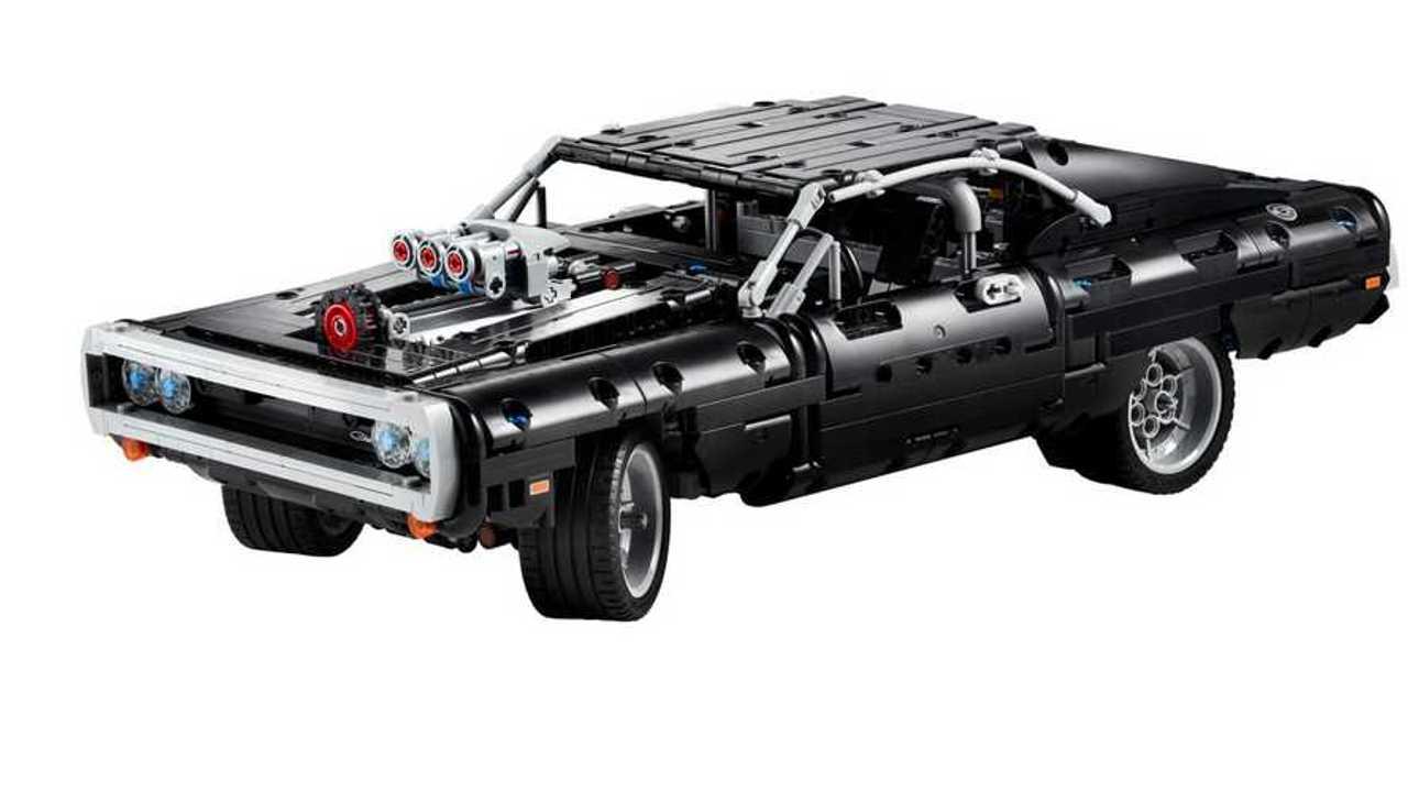 El Dodge Charger de Dom de The Fast and The Furious obtiene el tratamiento Lego 15