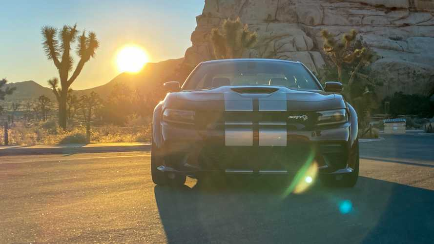 2020 Dodge Charger SRT Hellcat Widebody: Feature Review