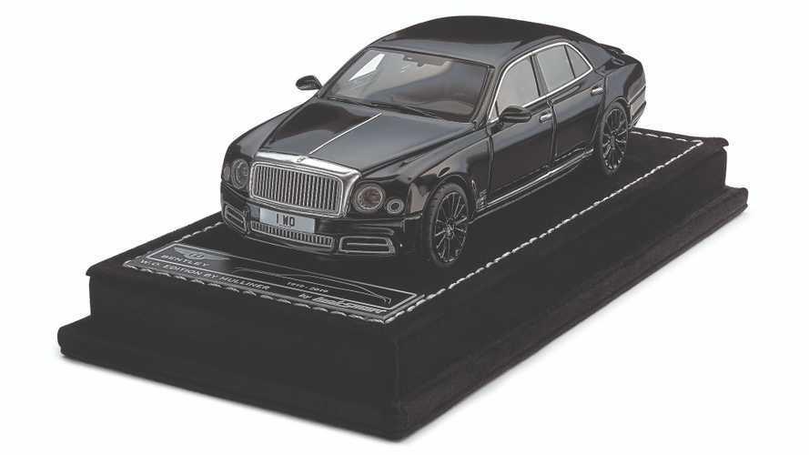 El Bentley Mulsanne W.O Edition by Mulliner, también como miniatura