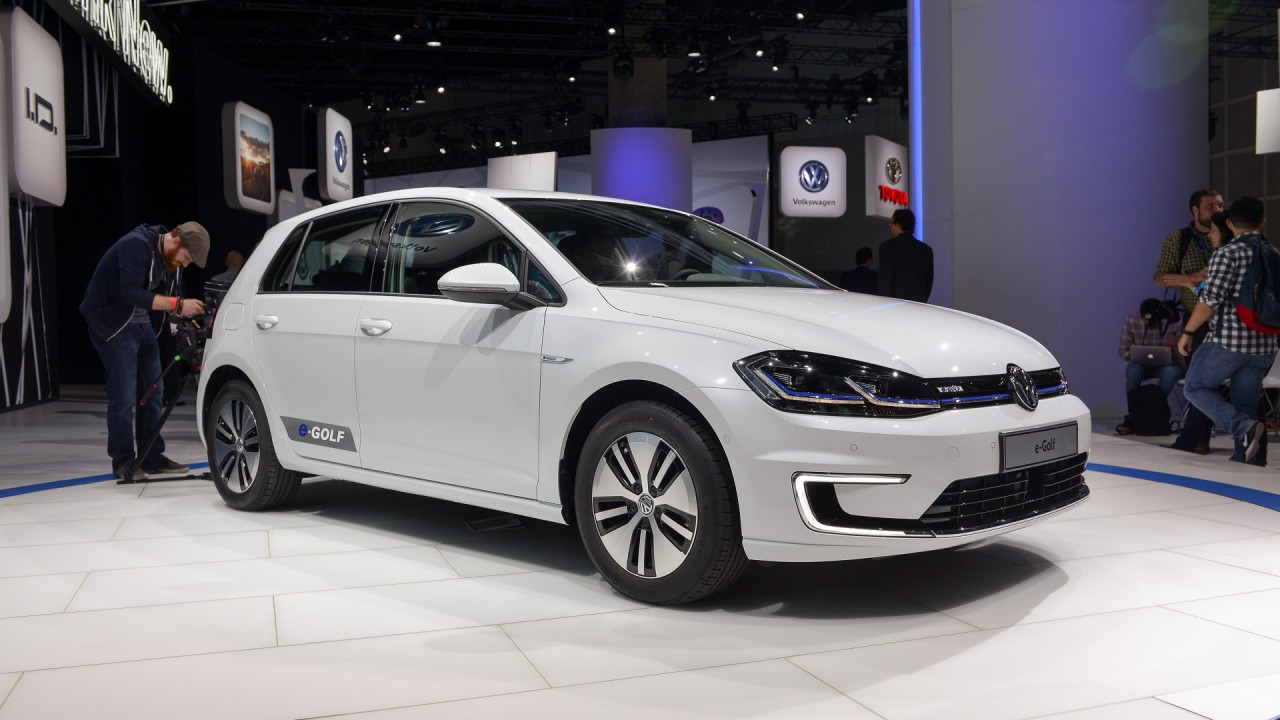 Volkswagen e-Golf restyling al Salone di Los Angeles 002