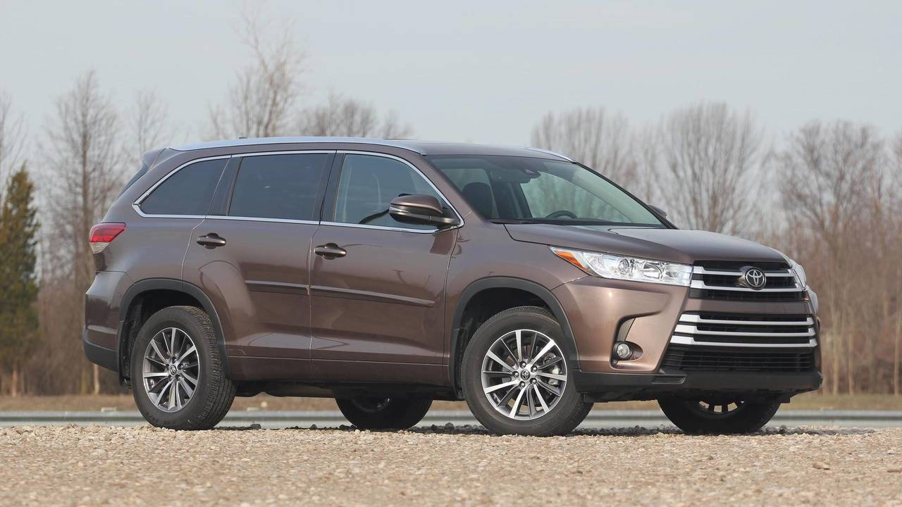 18. Toyota Highlander: 215,775 Units