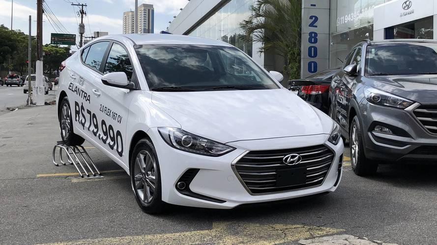Hyundai Elantra será vendido em promoção com R$ 8 mil de desconto