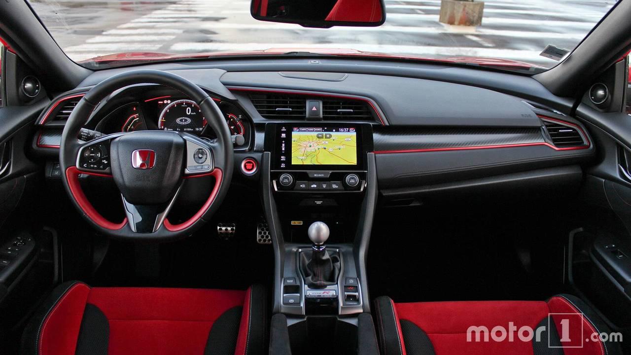 Essai comparatif - Hyundai i30 N / Honda Civic Type R (2017)