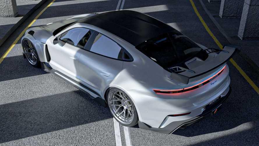"""Così la Porsche Taycan si """"fonde"""" con la 911 GT3 RS"""