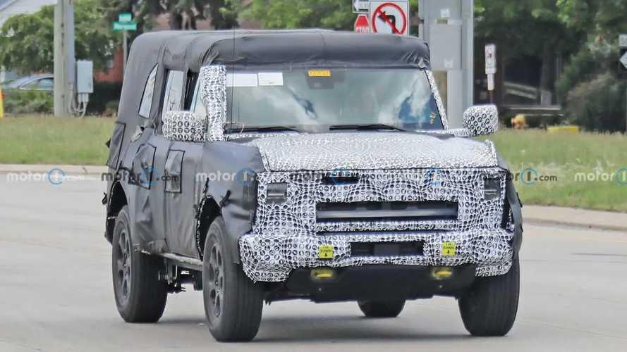 Ford Bronco'nun İlginç Prototipi Casus Fotoğraflar