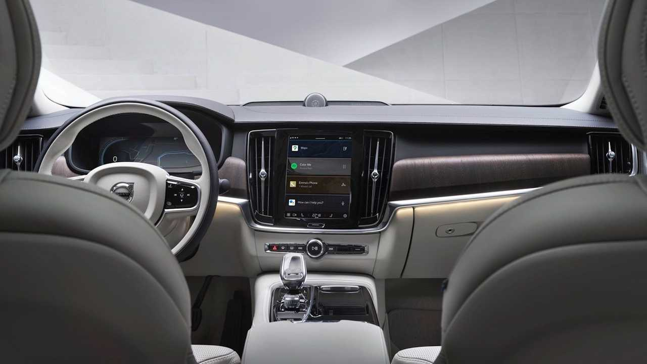 Компания Volvo перевела на Android еще 4 модели