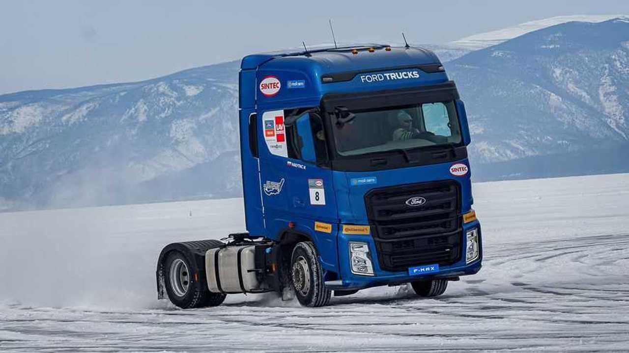 Ford Trucks F-MAX Lago Baikal