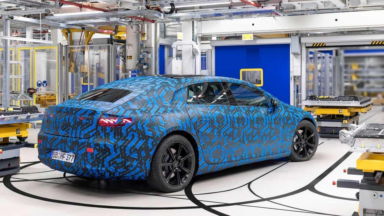 Der Mercedes EQS wird am 15. April vorgestellt