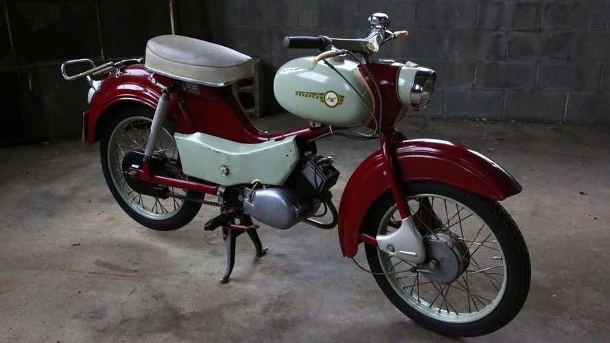 This 1968 Simson Spatz SR4-1 Is A Vintage Two-Stroke Workhorse