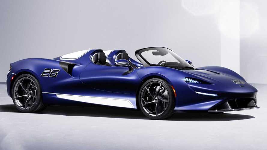 La McLaren Elva avec un pare-brise, dommage non ?