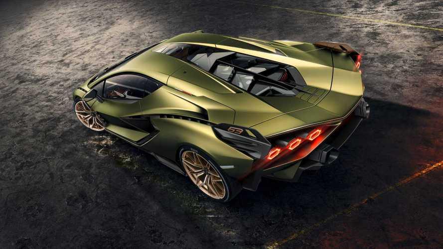 Lamborghini - Deux nouveautés à moteur V12 sont attendues cette année