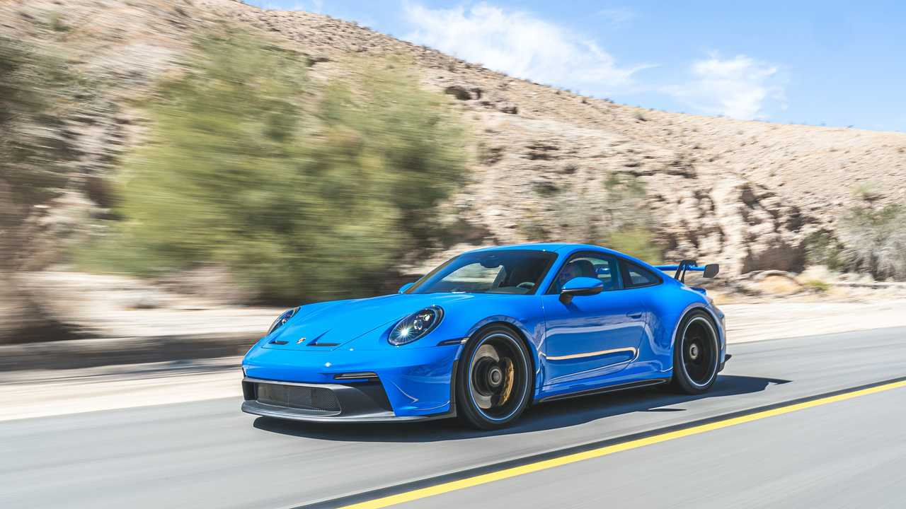 2022 Porsche 911 GT3 dinâmico