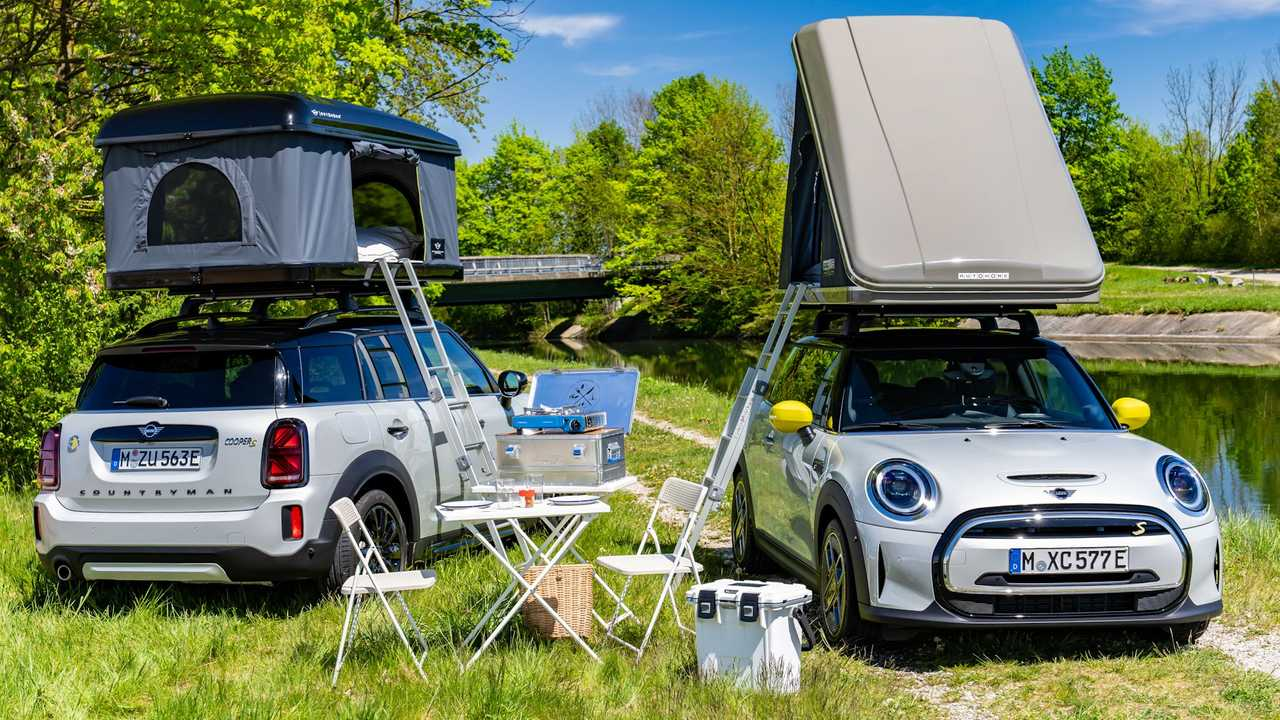 Mini Cooper SE, Countryman All4 rooftop tents.