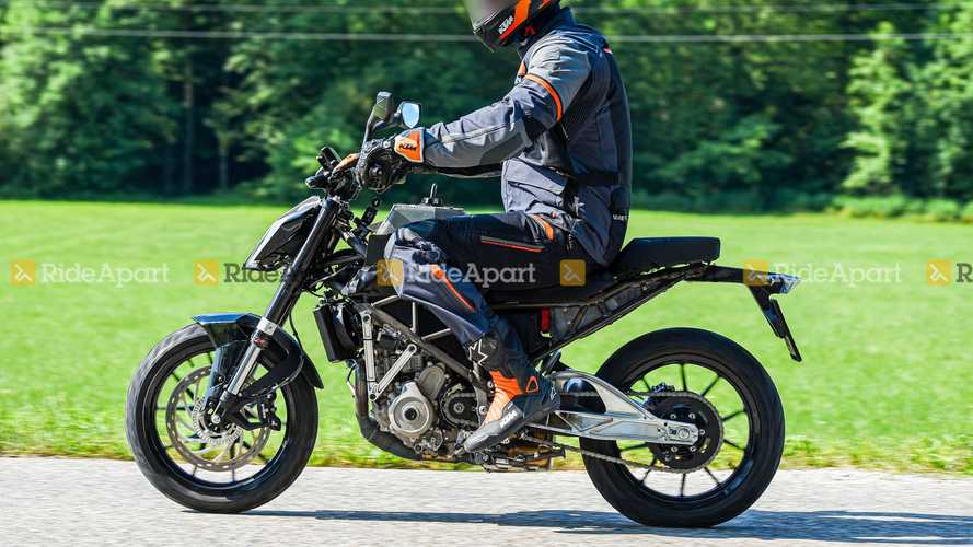 KTM 125 Duke Spy Shots