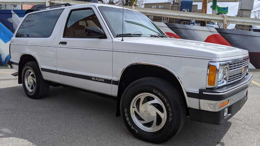 Sleeper King: GMC Typhoon That Looks Like Chevy Blazer Is Madness