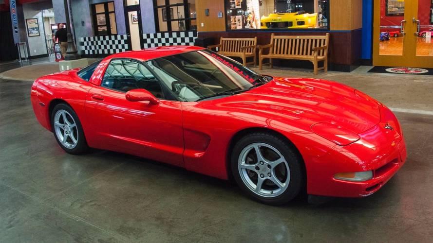 Une Corvette entre au musée après avoir parcouru plus d'un million de km