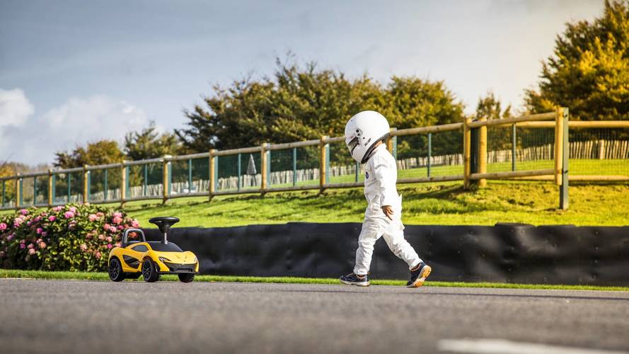 "McLaren P1 ""foot-to-floor"" - Pour les pilotes en herbe"