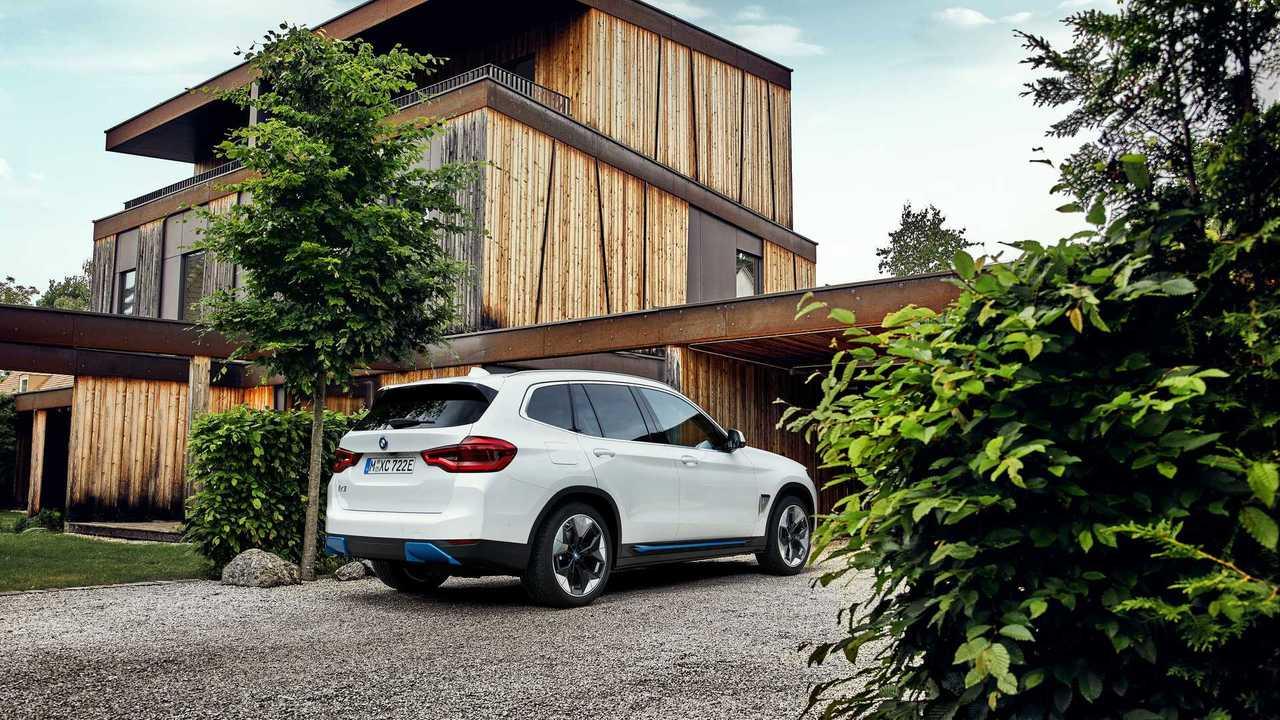 BMW kooperiert mit dem Ladeservice-Anbieter, um dem Kunden einen Rundum-sorglos-Service bieten zu können.