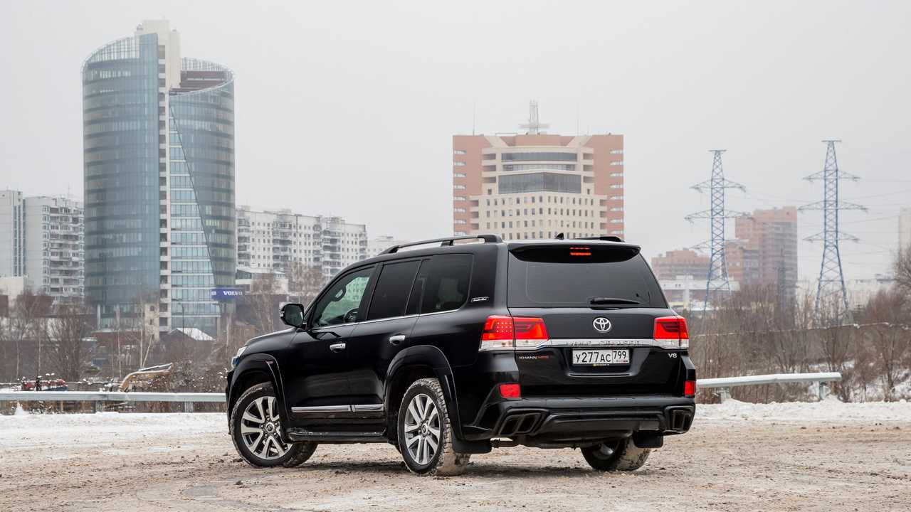 Toyota Land Cruiser 200 Khann HRS в Москве