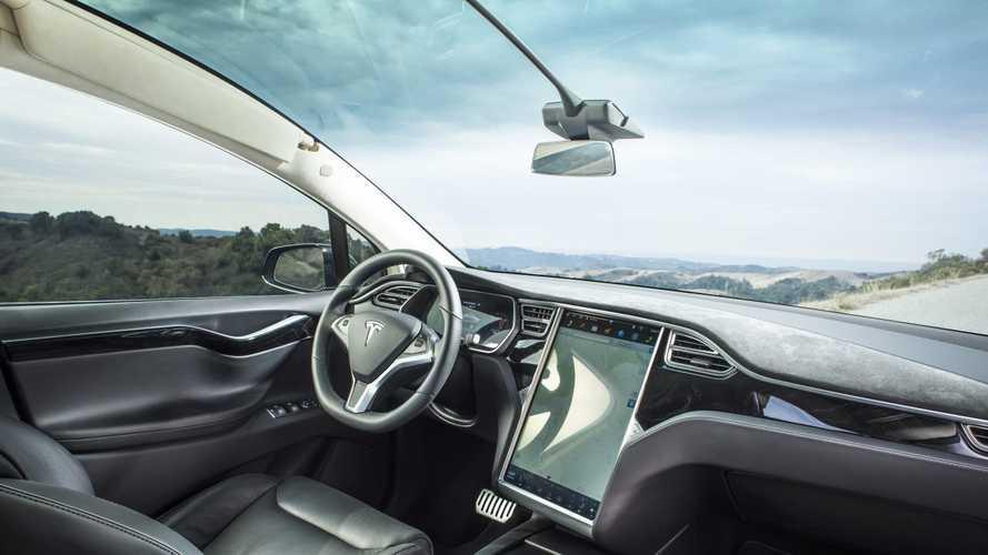 Tesla FSD 10.2 Sürümü neredeyse hatasız çalışıyor!