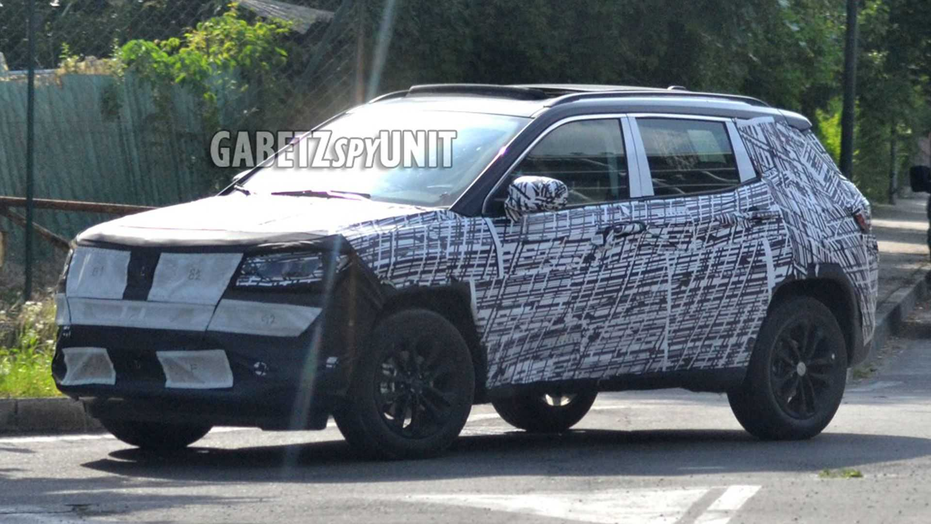 2022 Jeep Compass Spied Showing More Lights, Less Grille