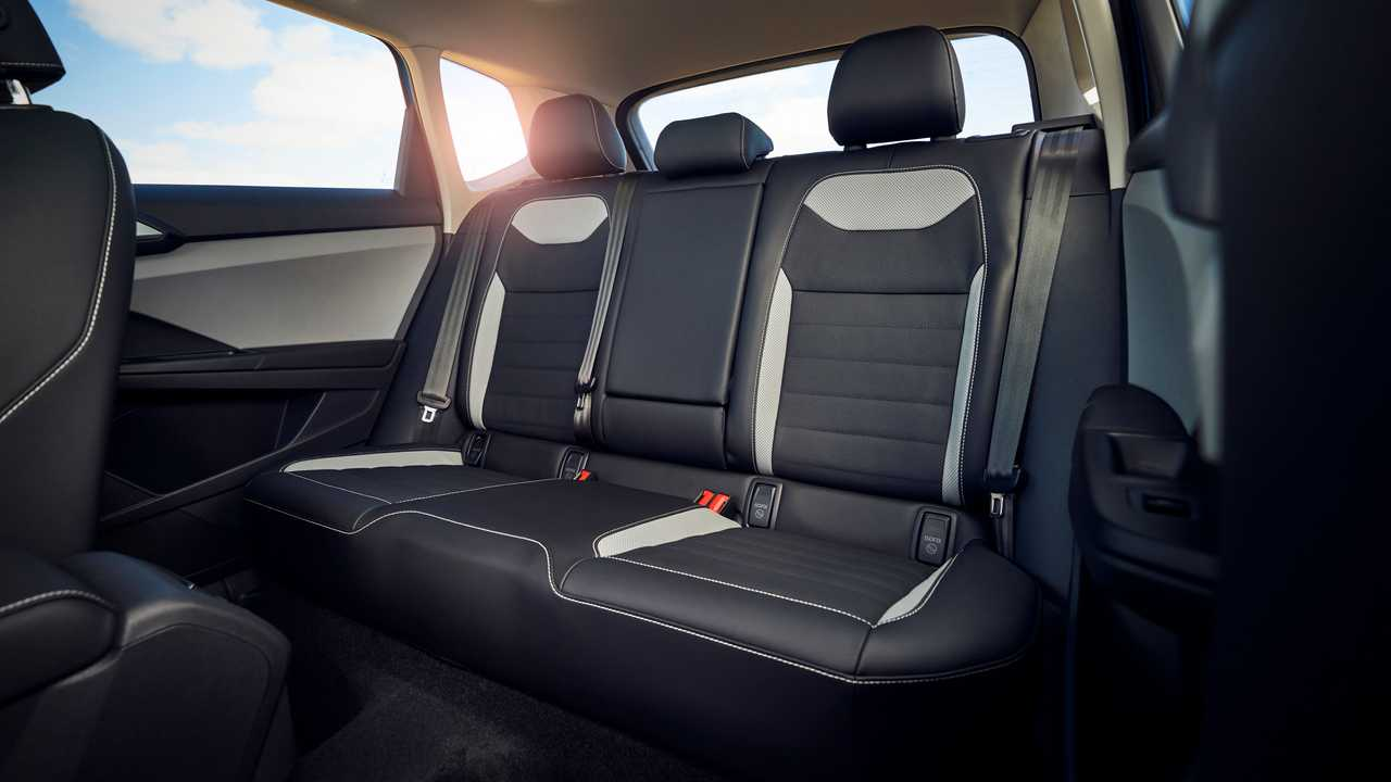 2022 Volkswagen Taos rear seats