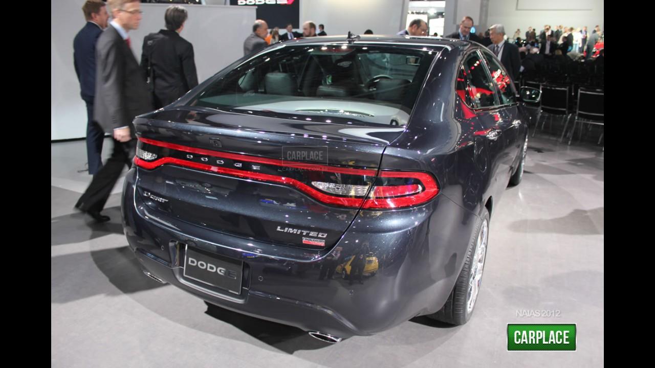 """Novo Linea: Dodge Dart chega ao Brasil no mês - Versão """"Fiat"""" será fabricada em Pernambuco"""