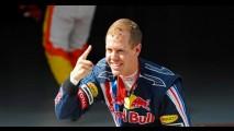 Fórmula 1: Vettel vence sob forte chuva na China - Button fica em 3° e Barrichelo em 4°