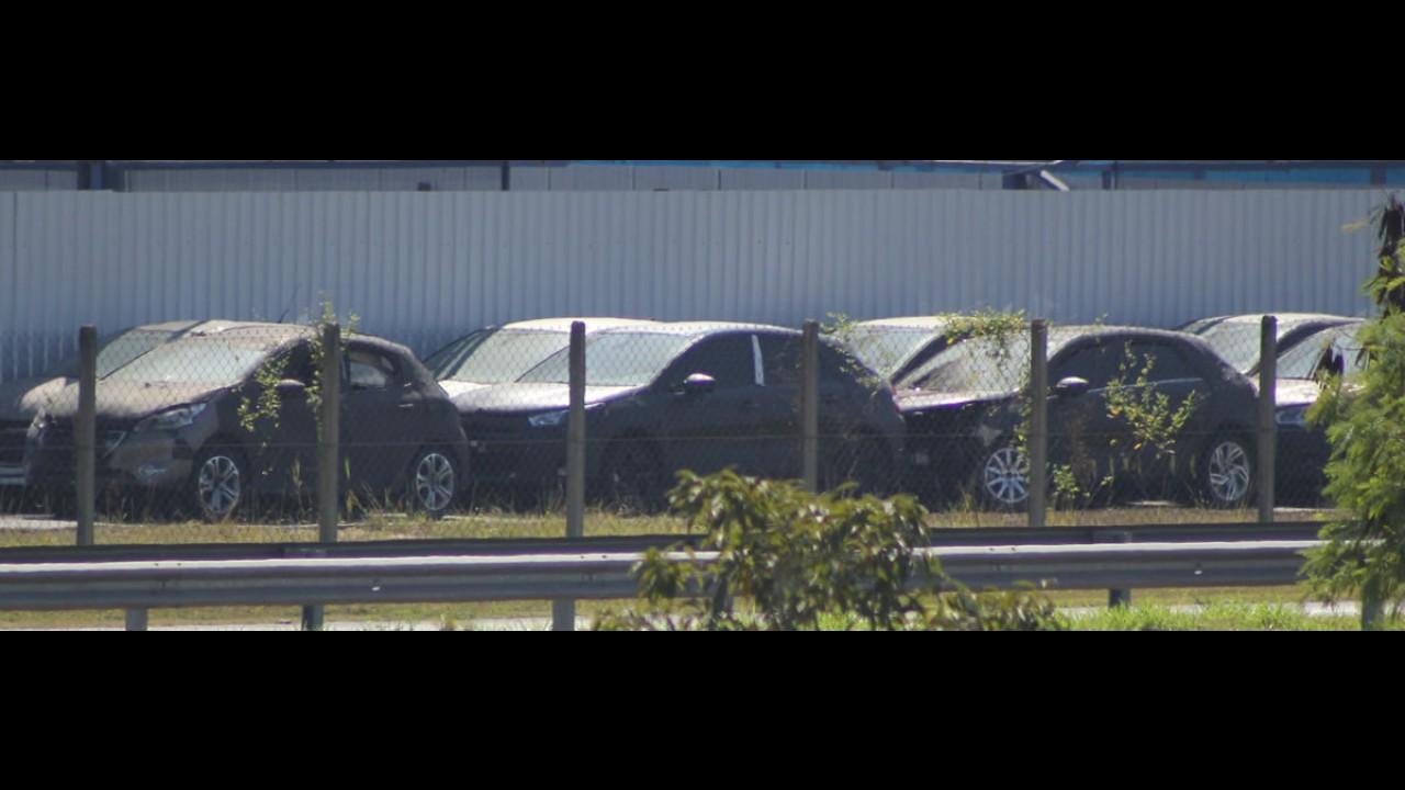 Flagra: novo C4 hatch já descansa após testes, mas não chega ao mercado nem em 2014