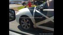 Segredo: Leitor flagra o Novo Renault Mégane (Fluence) rodando camuflado no Brasil