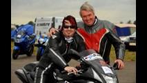 Piloto cego bate recorde de velocidade em moto