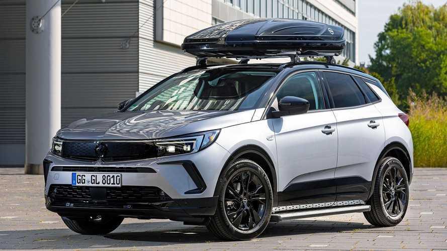 Opel Grandland (2021) mit Original-Zubehör