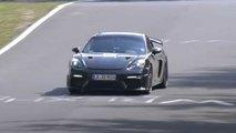 Porsche 718 Cayman GT4 RS bei Tests am Nürburgring erwischt
