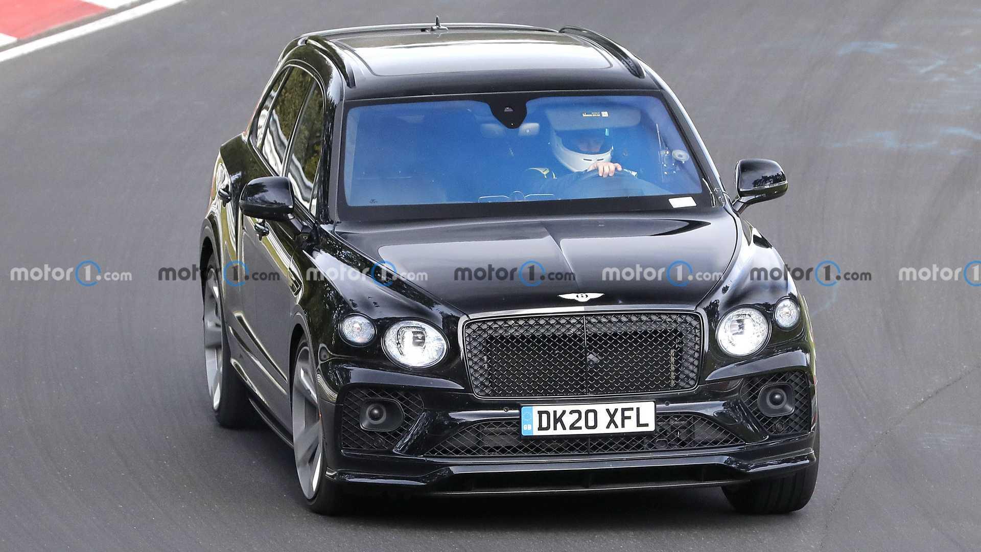 Bentley Bentayga Black Edition Spy Shots Nariz