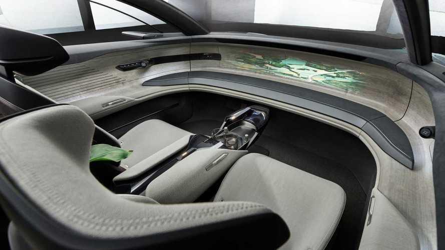 Audi'den gelecekteki elektrikli araçlara fiziksel düğme kararı!