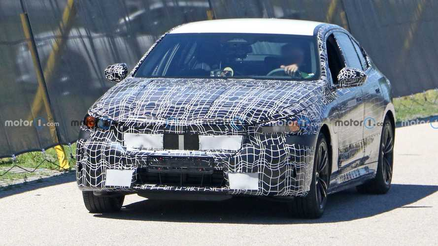 BMW Serie 5 híbrido fotos espía