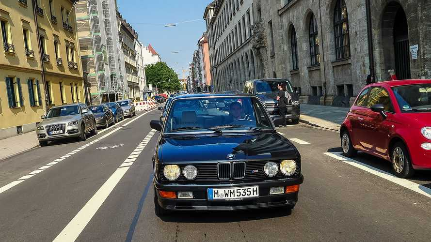1985 BMW M 535i E28, la prova su strada di Motor1.com