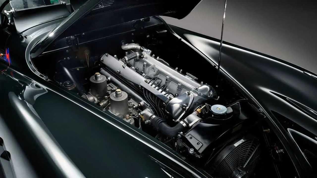 Jaguar motore 6 cilindri XK