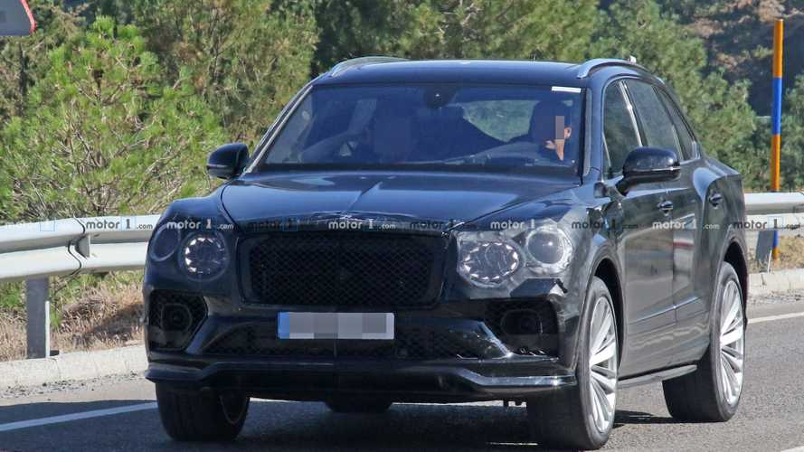 Bentley Bentayga facelift new spy photos