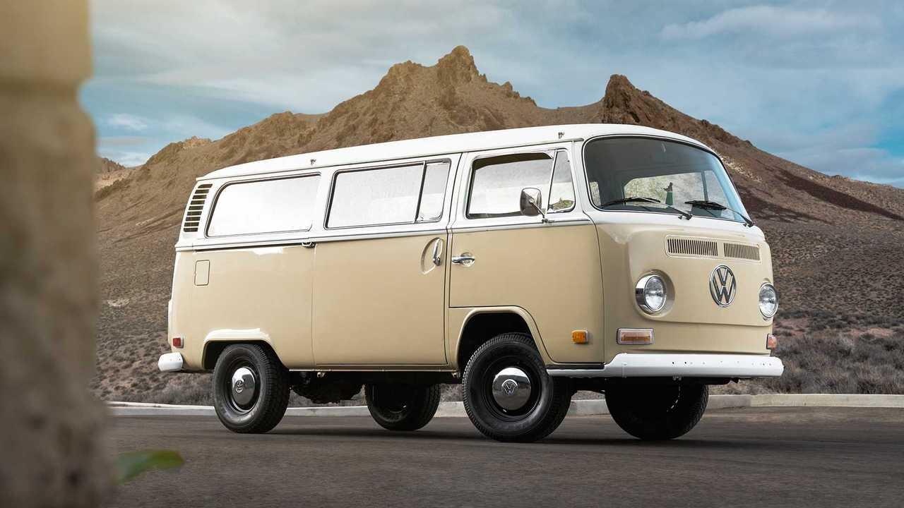 Elektrischer VW T2 von Volkswagen of America und EV West
