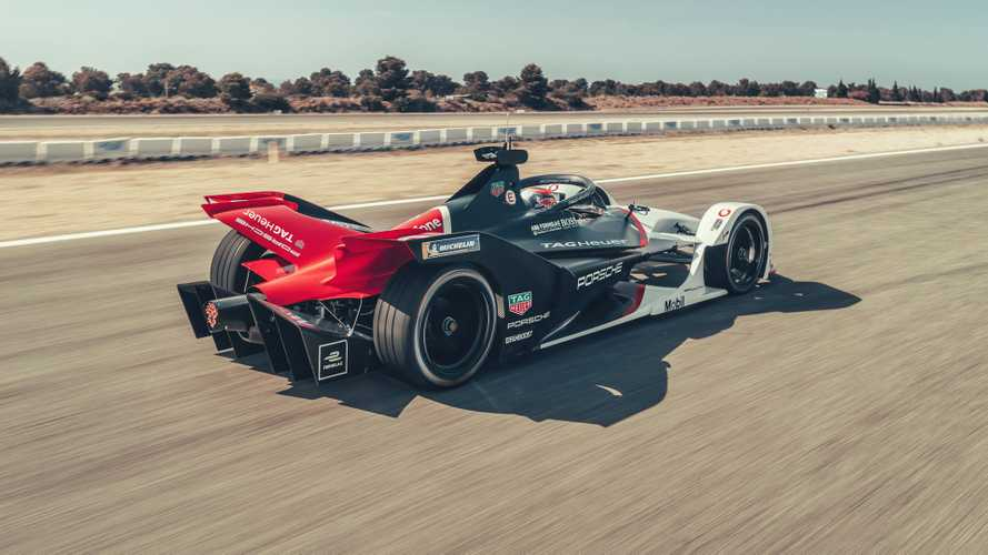 Porsche revela seu carro para estreia na Fórmula E - Veja fotos