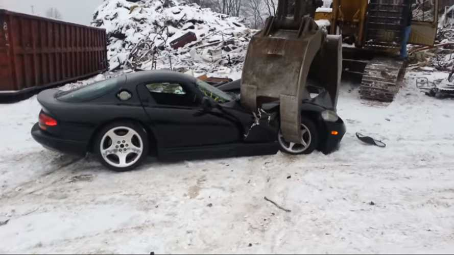 Video Surfaces Of Early Pre-Production Dodge Vipers Getting Crushed