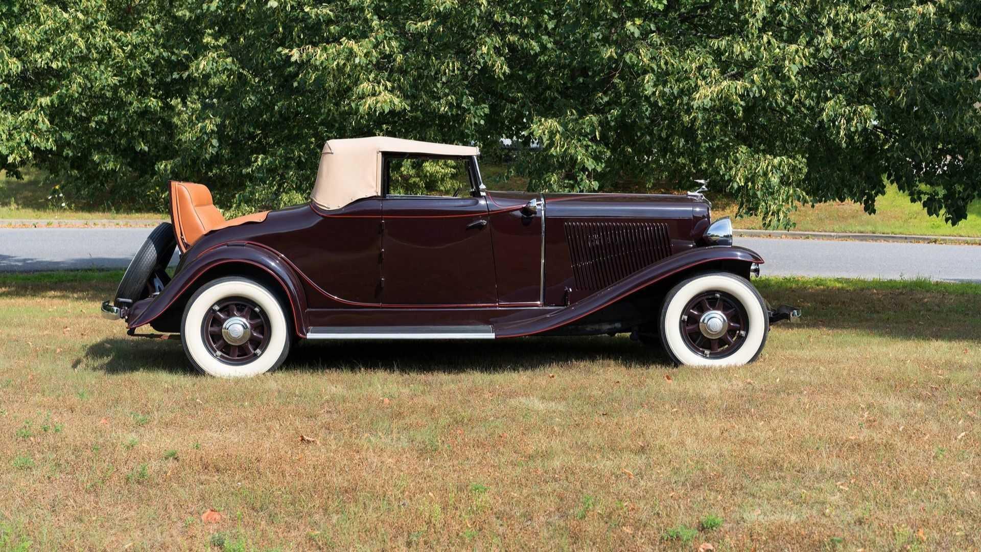 """[""""Feast Your Eyes On This 1931 Auburn 8-98A""""]"""
