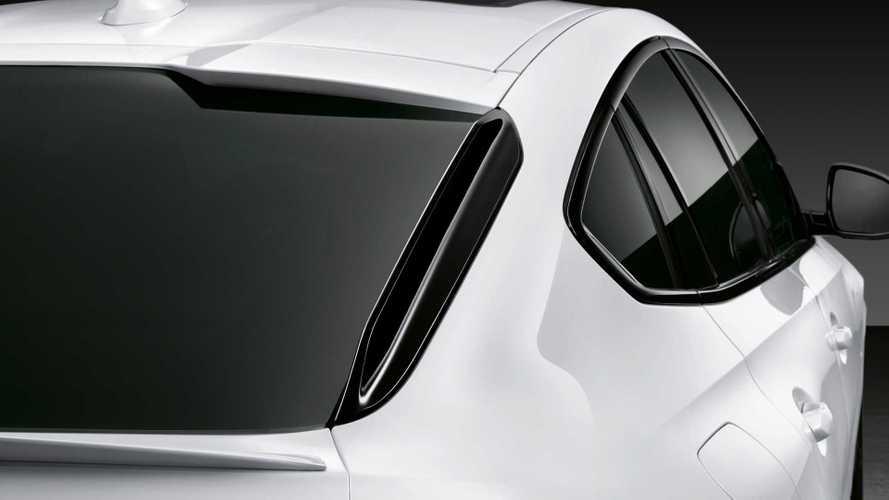 Расклеиваются и шумят: у BMW X6 обнаружили дефектные спойлеры