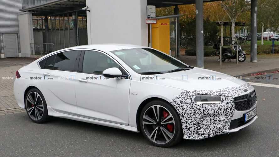 L'Opel Insignia restylée se balade