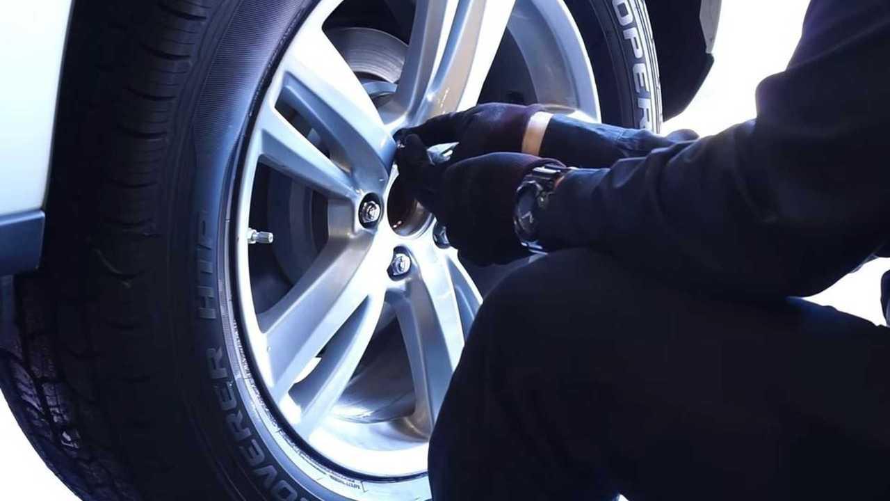 tesla tire size