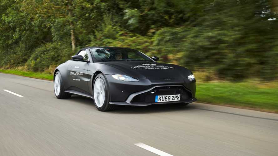 Aston Martin Vantage, nel 2020 arriva la Roadster