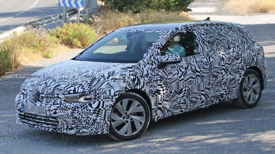 New VW Golf GTE Plug-In Hybrid Makes Spy Photo Debut